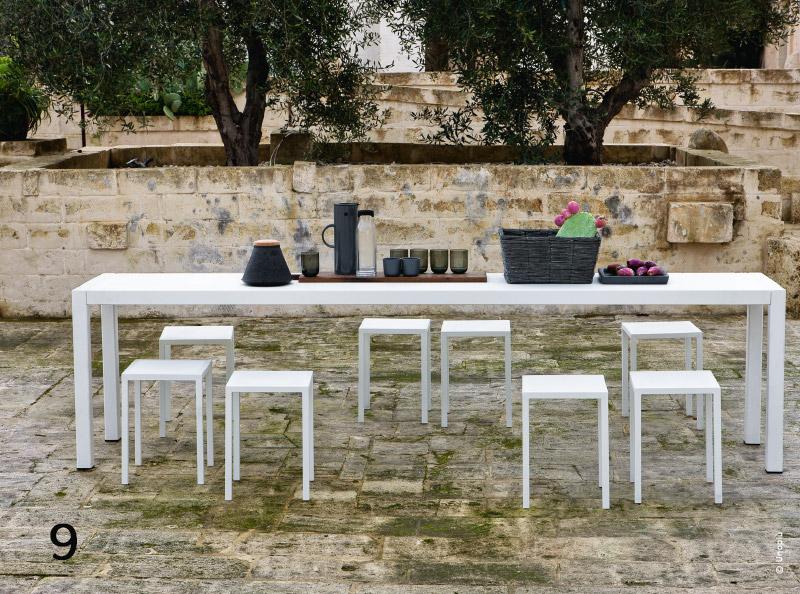 Outdoor mobilier puret graphique et design for Mobilier outdoor design
