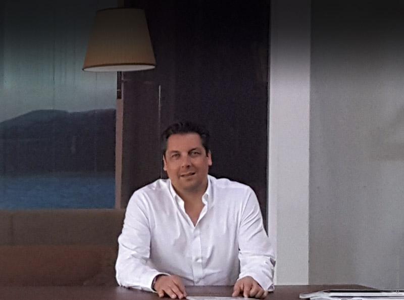 rencontre avec michel dos santos biossun suisse la pergola bioclimatique. Black Bedroom Furniture Sets. Home Design Ideas