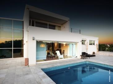 Casa-Alto-Airbnb
