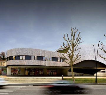 Romans-sur-Isère : La Cité de la Musique drapée d'une façade ruban