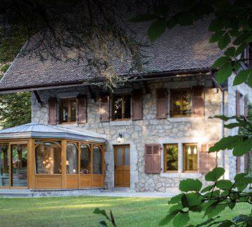 Habitat : rénovation lumineuse à Menthon-Saint-Bernard