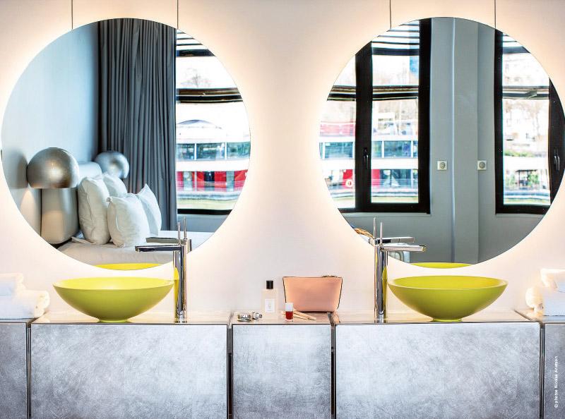 paris-hotels-insolites-en-flottaison-sur-off-paris-seine
