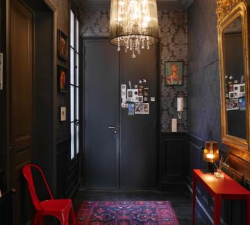 Philippe Demougeot conjugue les beaux volumes d'un appartement familial Haussmannien avec des astuces design