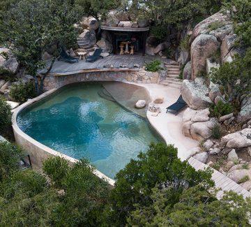 La piscine : évasion à domicile