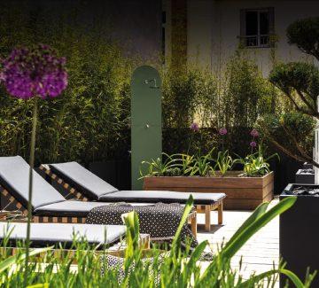 Une terrasse à Annecy : quand le design s'invite sur les toits
