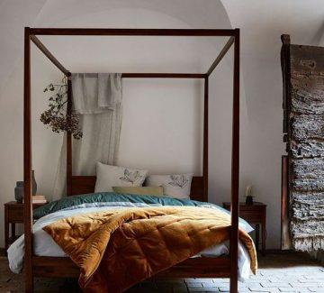 Les lits à baldaquin