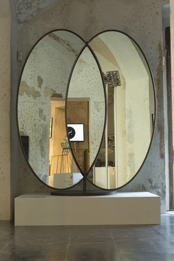 miroir oh miroir qui est la plus belle blog traits d 39 co magazine. Black Bedroom Furniture Sets. Home Design Ideas